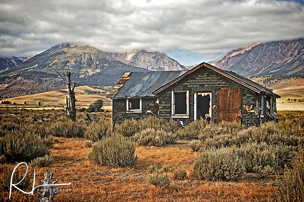 Abandoned home in the Sierra Mountains
