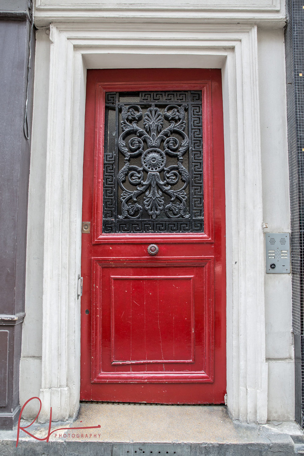 Doorway in Paris
