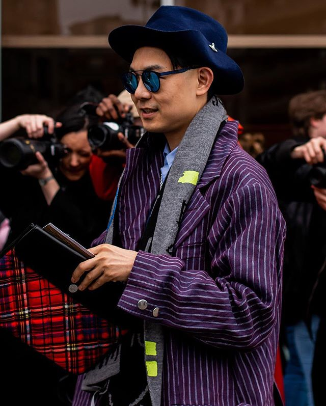 Outdide of @viviennewestwood  PARIS FASHION WEEK F/W19  #caughtbyjustin