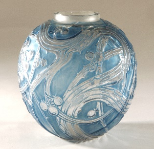 R. Lalique,  Baizes Vase , glass