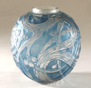 R. Lalique,  Baizes Vase , glass