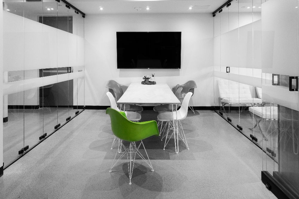 medium meeting room - meeting room three comfortably accommodates up to nine and is in the galleri. perfect for high-profile interviews, meetings, and presentations.Hourly: $100/hrHalf-Day: $400Full Day: $750After Hours: $200/hr (after 18:00)