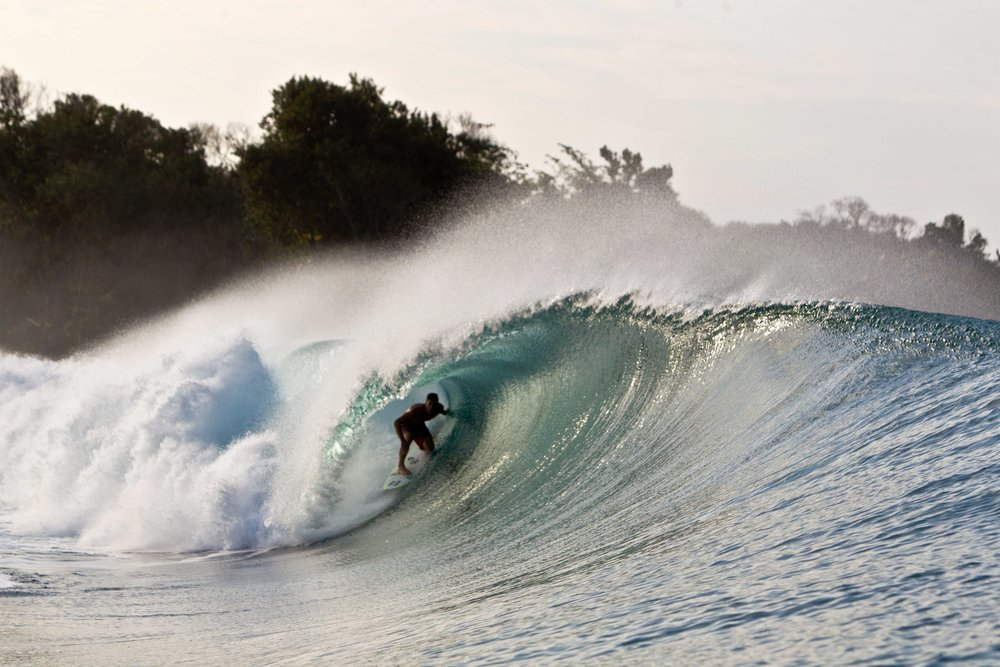 Benefícios da profissão: sim, às vezes sobra tempo para surfar.