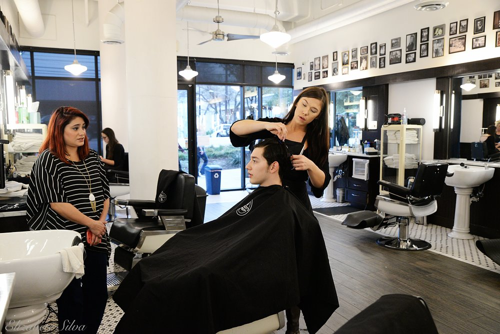 Finley's Barber Shop 2018DSC_1812.jpg
