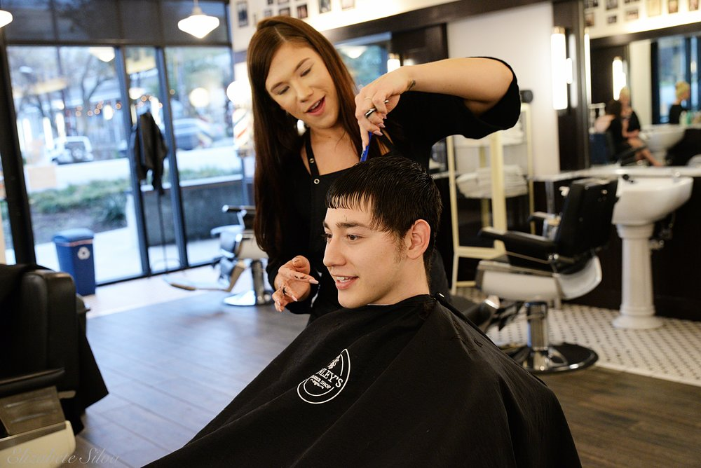 Finley's Barber Shop 2018DSC_1827.jpg