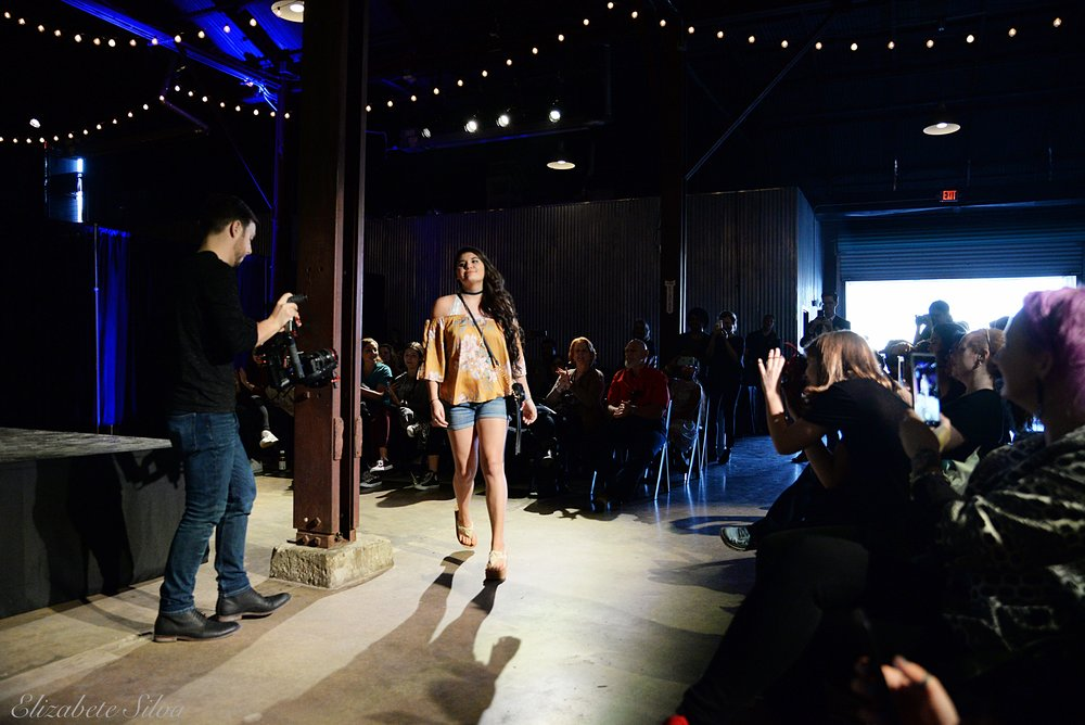 Fashion Show 2018DSC_2300.jpg