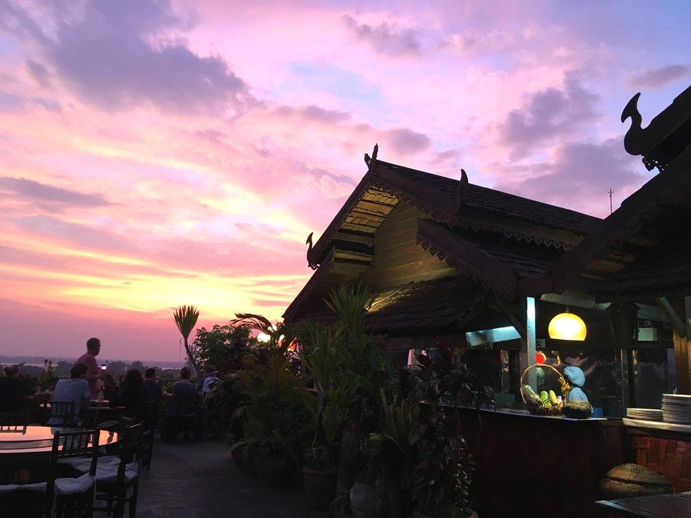 Sunset, Pakse