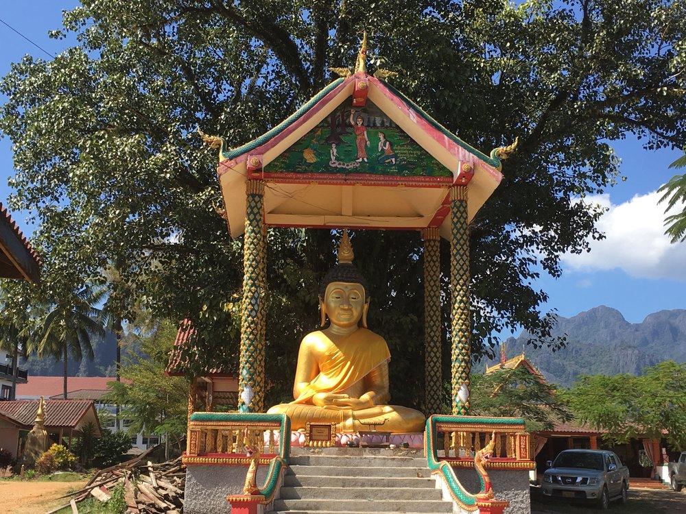 Temple, Vang Vieng | Regina Beach