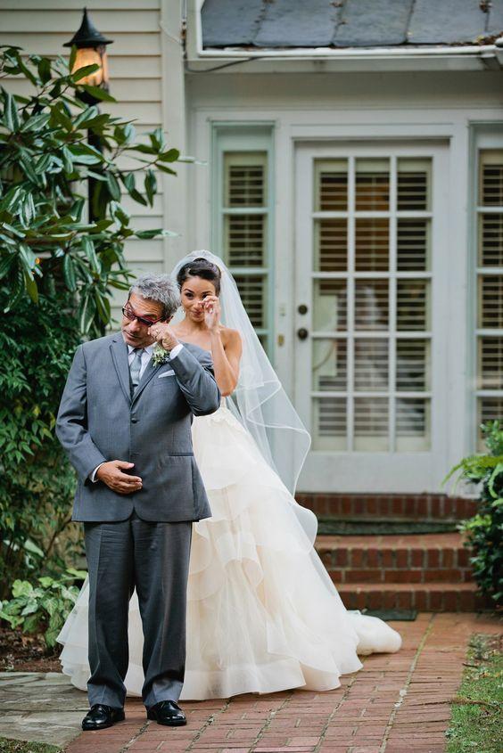 photo by  Kristyn Hogan via  Brides