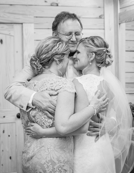 photo by  Brandy Angel Photography  via  Bridal Guide