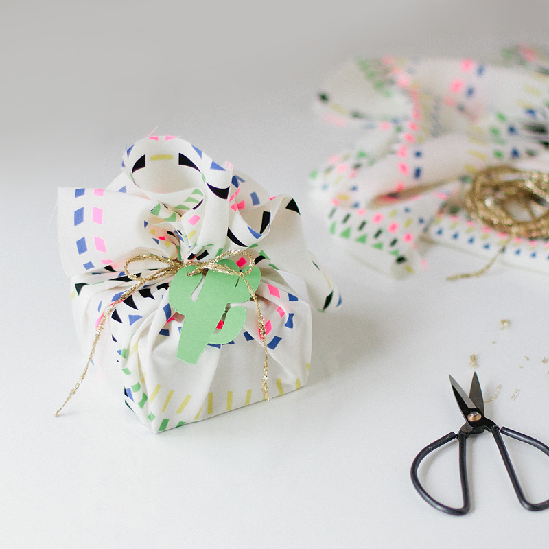 bright gift wrapping ideas