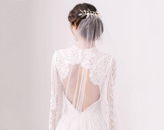 minimal wedding veil