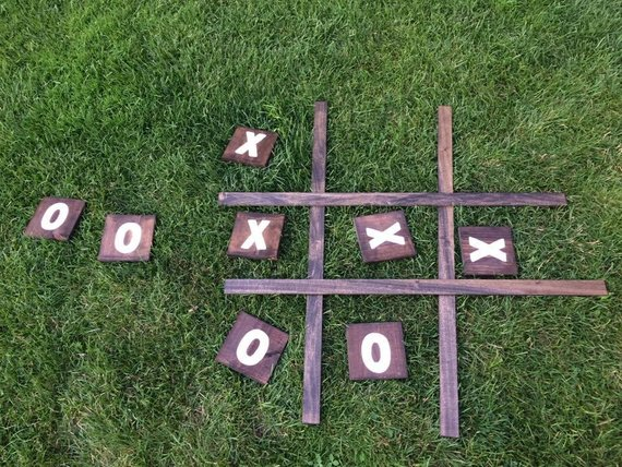Yard Game Ideas to Keep Your Guests Smiling - Game by Miss to Mrs Weddings - #weddinggames #yardgames #weddings