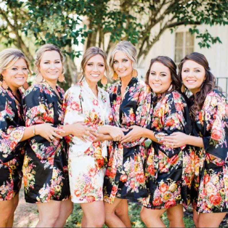 15 Robes for your Bridesmaids - Robes by Lavish Robes- #bridesmaids #wedding #bridesmaidsrobes