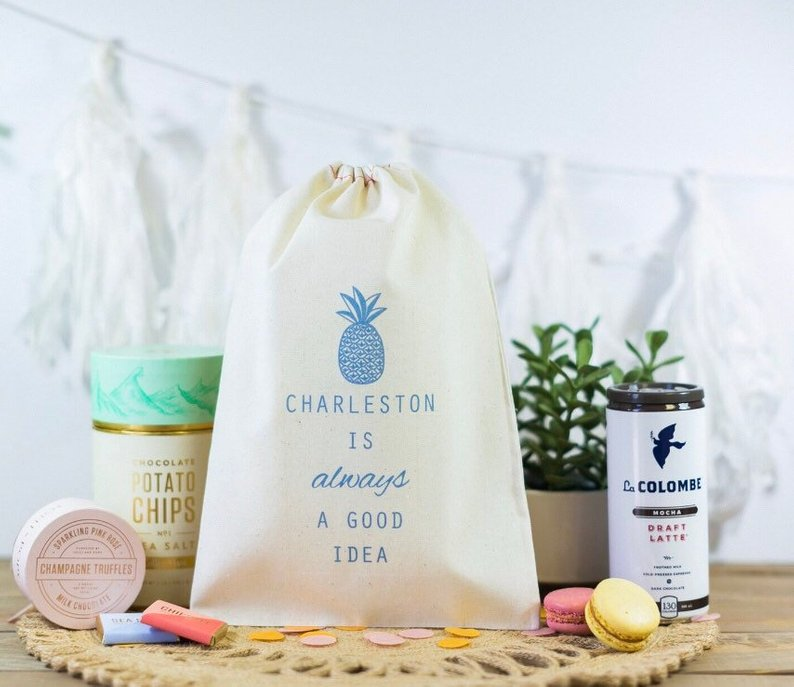 10+ Wedding Favors Your Guests Will Actually Want - Favor by Be Collective - #wedding #weddingfavors #weddingblog