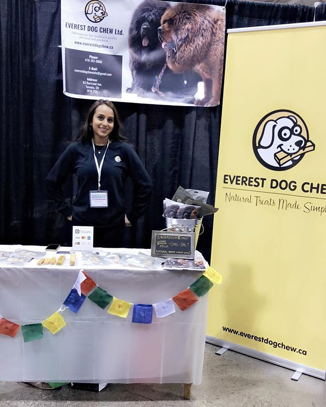 Thank you to all of our furriends and pawrents for coming out and supporting us! We had a great time at the @greenlivingpage this weekend and made some awesome new friends! #naturaltreatsmadesimple #EverestPack #allnaturaldogchews #organic #healthy #ingredientsyoucanpronounce #dogsofinstagram #dogsoftoronto #dogsofcanada #dogchew