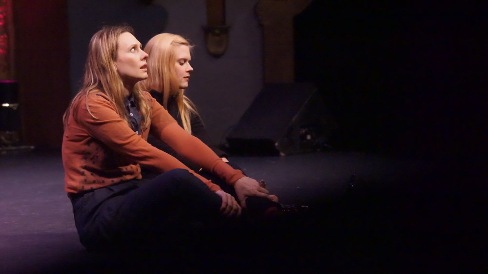 Jessica Makinson and Janet Varney at Theme Park Improv at SF Sketchfest, January 16, 2016. Photo by Steve Agee.