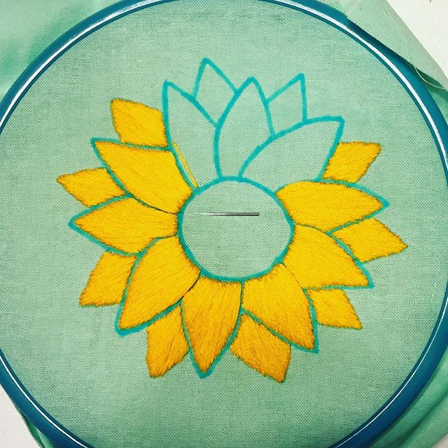 This cute little hoop should be done tomorrow! #sunflowerhoops #dmcthreads #dmcembroidery #embroideryinstaguild #embroideryhoop #embroidelicious