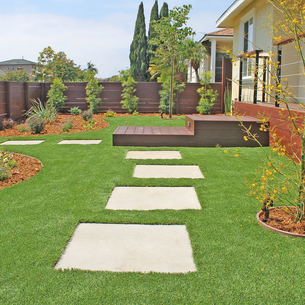 softscape_drought_tolerant_pavers_porch.jpg