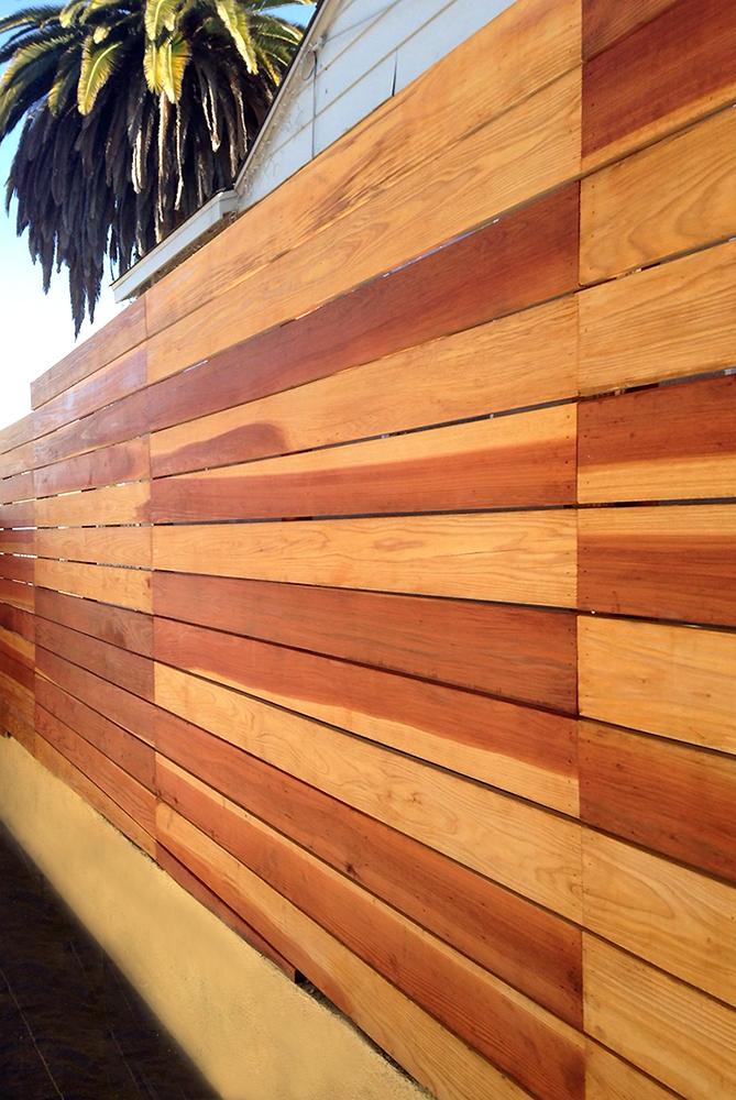 landscape-redwood-privacy-fence-los-angeles-flores-artscape-sm.jpg