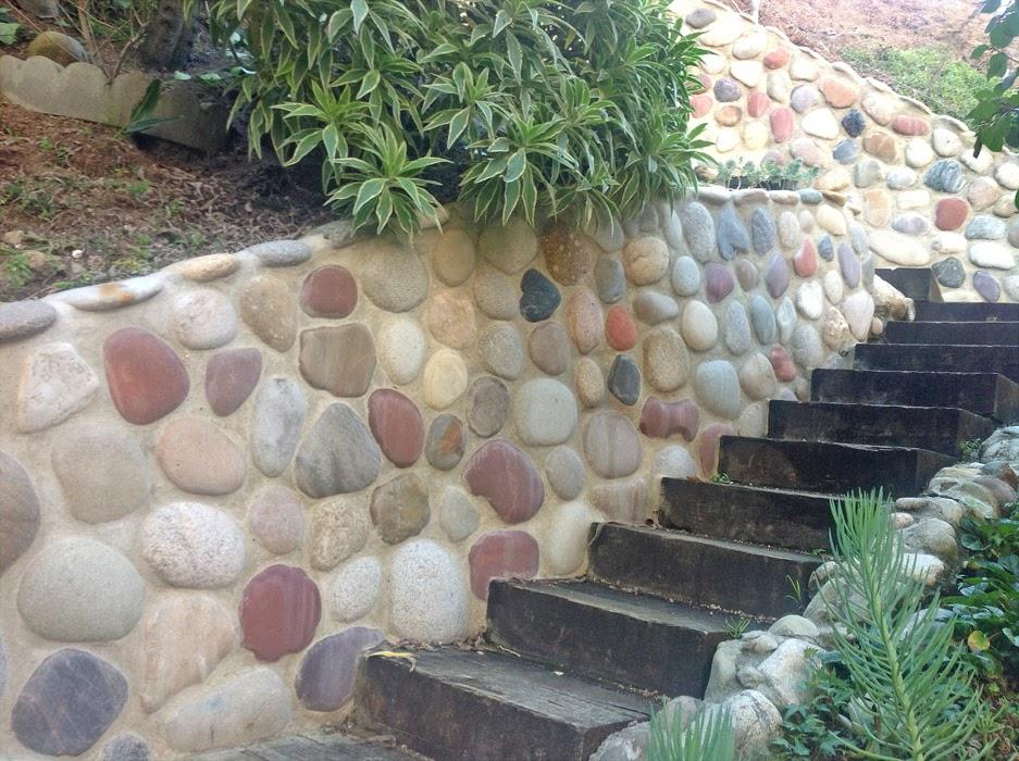 stone-retaining-walls-railroad-tie-steps-sm.jpg