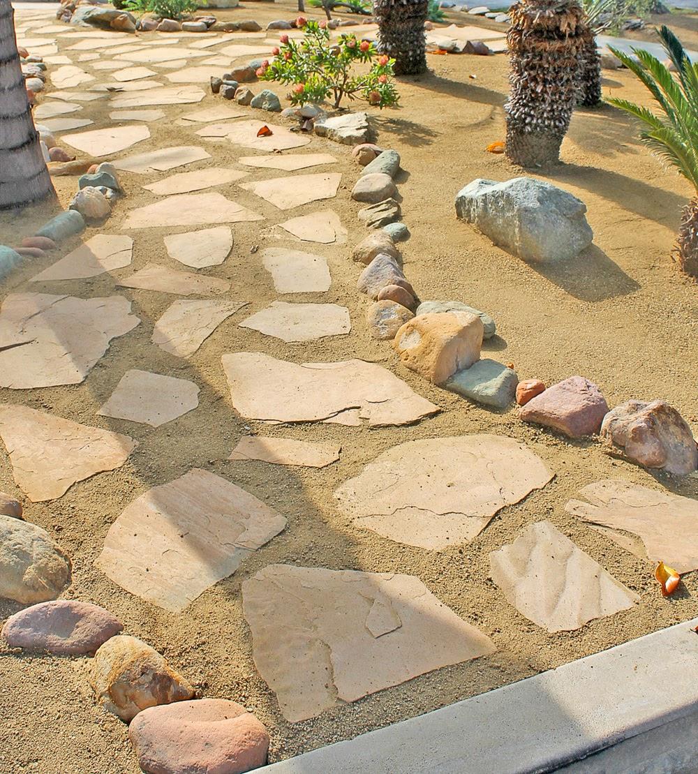 Flagstone & DG—decomposed granite Walkway