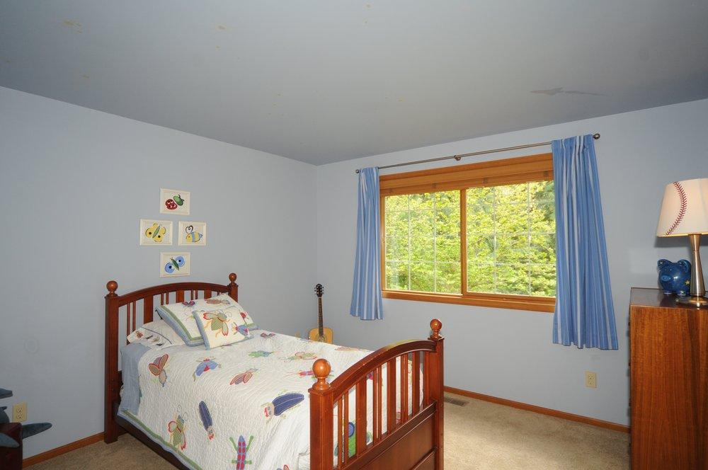 redmond_buchan_guest room 3.jpg