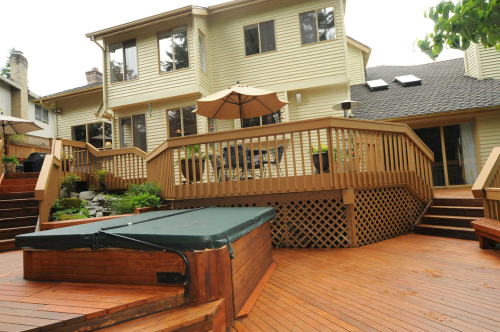 sammamish_park_hottub-back of house.jpg