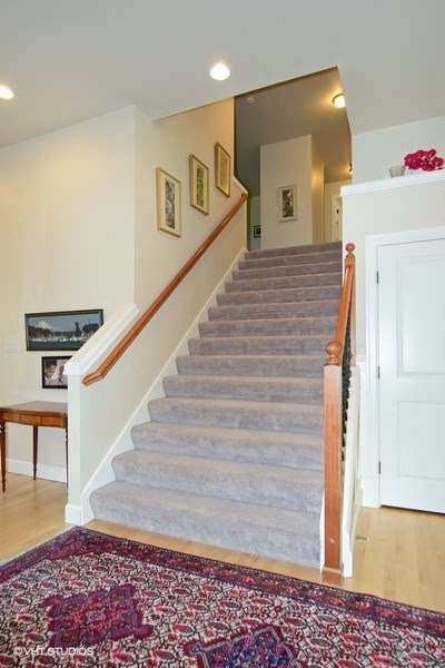 09_16621168thTerSE_68_Staircase_LowRes.jpg