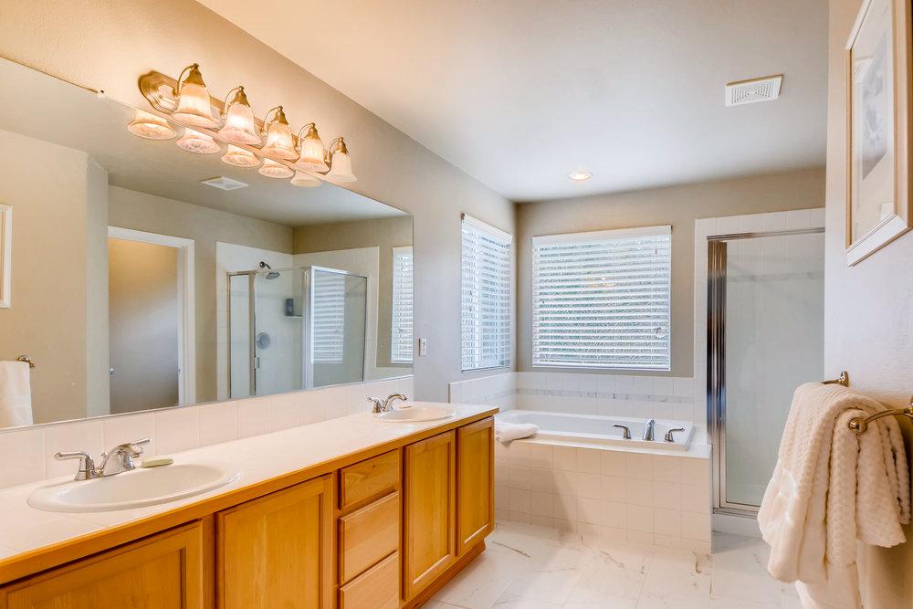 2524 248th Ter NE Redmond WA-print-019-15-2nd Floor Master Bathroom-3600x2401-300dpi.jpg