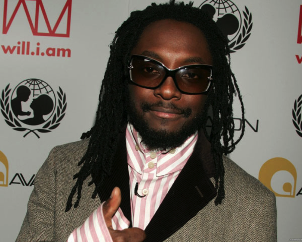 William James Adam, famously known as Will.I.Am wears dreadlocks at a Tsunami Benefit Concert. Photo taken from Google images.