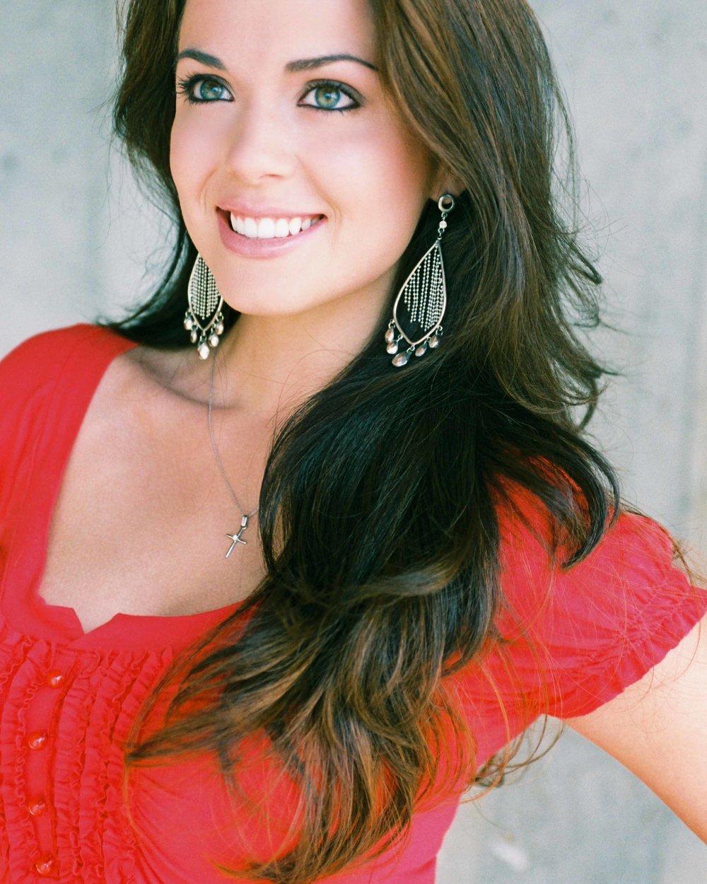 MC:Michelle FontMiss Washington USA-2008 -