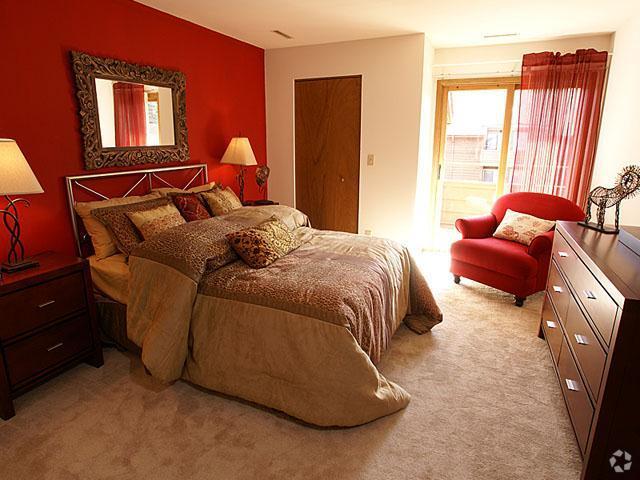 presidio-square-milwaukee-wi-bedroom (2).jpg