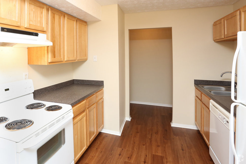 abigail-gardens-lexington-ky-1br-1ba---790-sf---kitchen.jpg