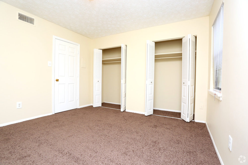 abigail-gardens-lexington-ky-1br-1ba---790-sf---bedroom.jpg