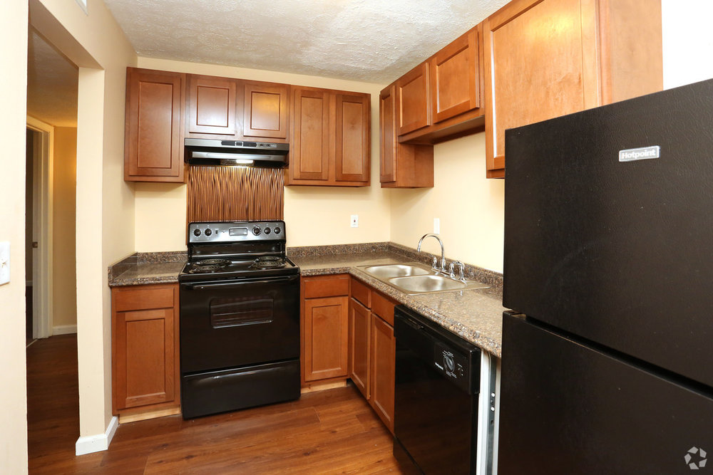 king-henry-lexington-ky-2br-15ba---850-sf---kitchen.jpg