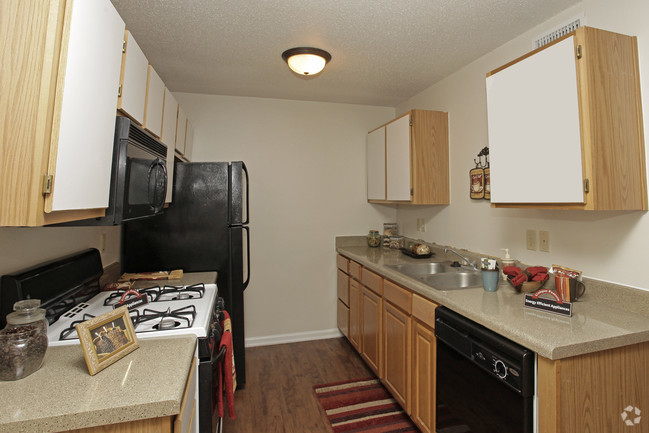 st-jean-apartments-baton-rouge-la-interior-photo-2.jpg