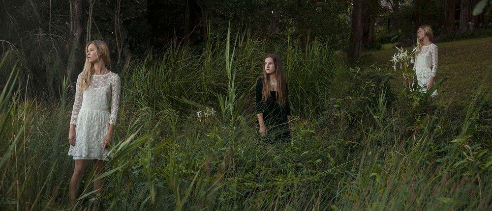 Symons_Suellen_Lake's_Edge_(Zoe&Ellie).jpg