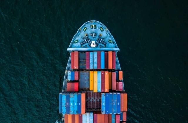 輸送 - 輸送業は安全性が重要視され、時間制限を伴う商業取引です。 Mindhiveはこの業界のニーズを深く理解しており、最適な制御システムや安全性・効率性を改善するソリューションを提供することができます。