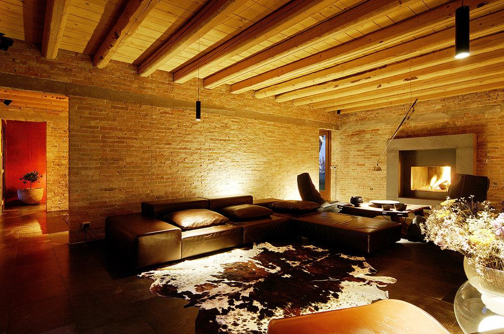 private-house-01.jpg