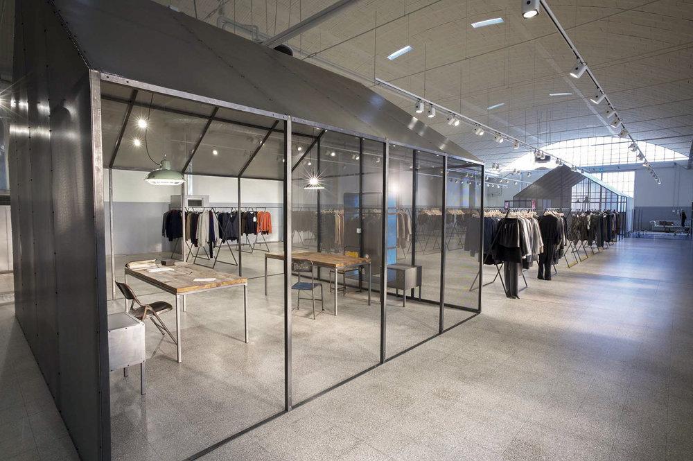 clothing-showroom-03.jpg