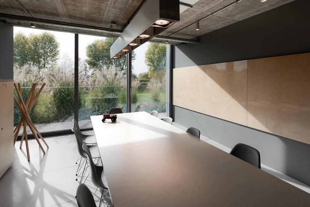 office-complex-09.jpg