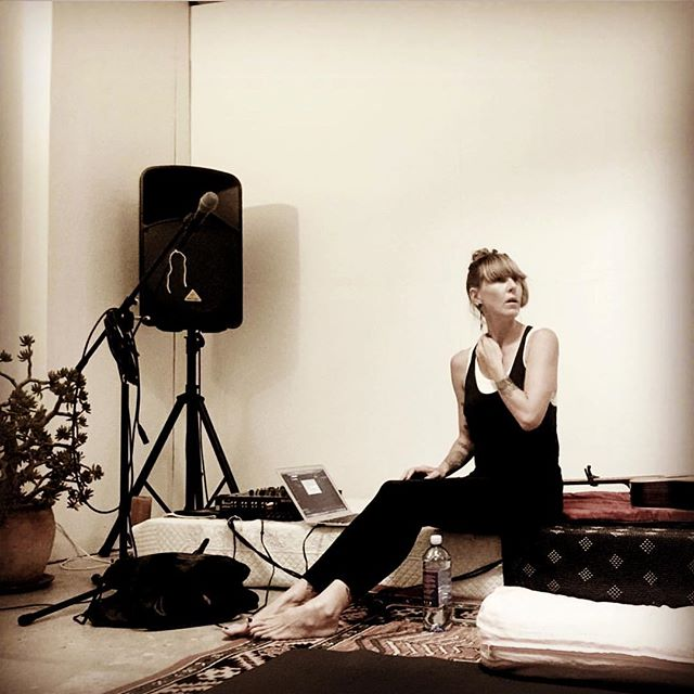 Thanks for the snap @bonmott as I was preparing the sound for my music & yoga workshop @sadhanastudio today #mantra #music #yoga #yin #meditation #kundalini #breathe #chant #singing #teacher #melbourne #confidence #love #selflove #dance #move #workshop #slow #nourish #heal #healing #newmoon #yogastudio