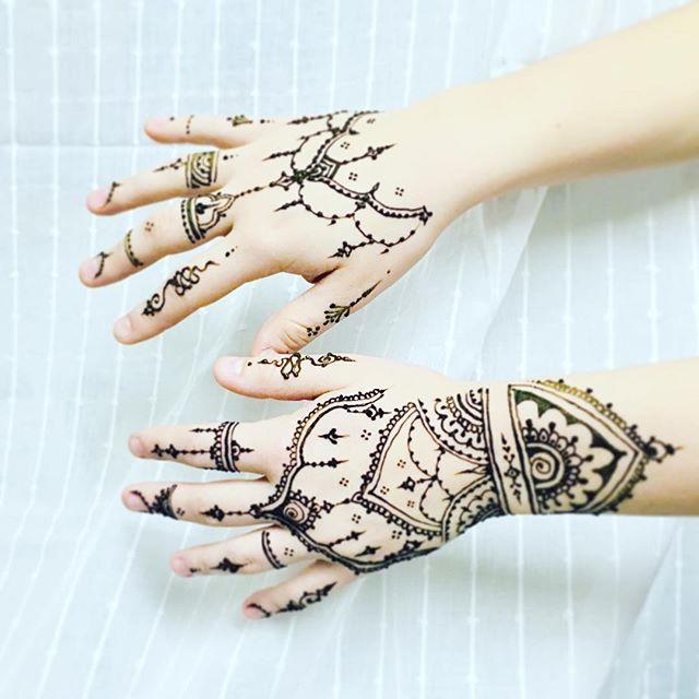 🎄🎉✨#mymehndiprague #mehndi #hennatattoo #tetovanihenou #tetovanihennou