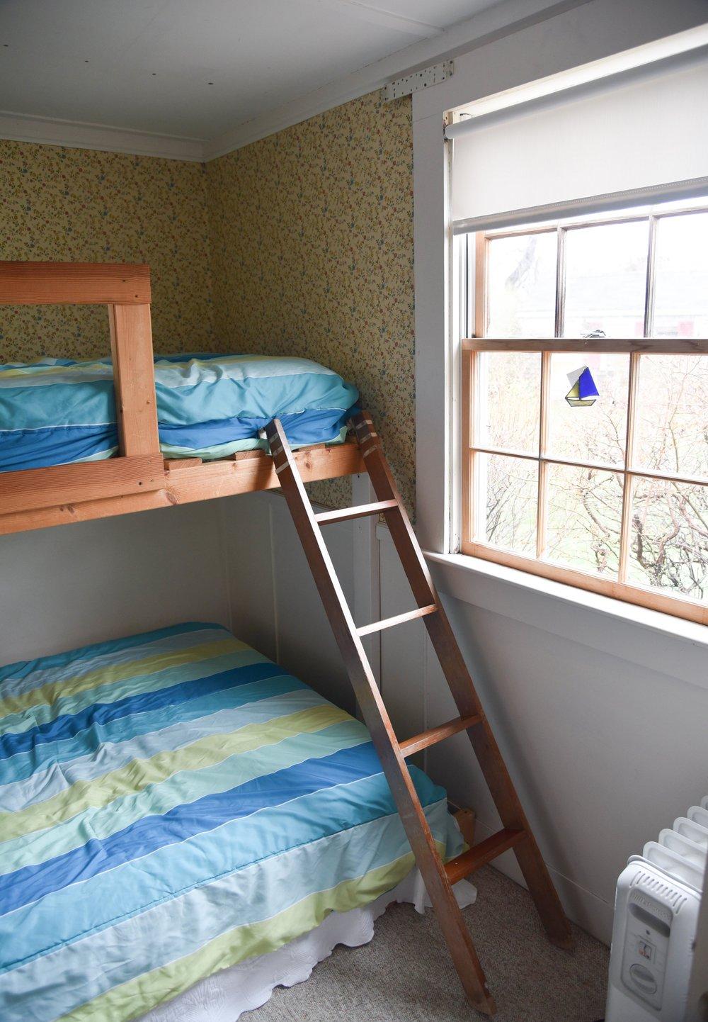 Cottage 2-2.jpg