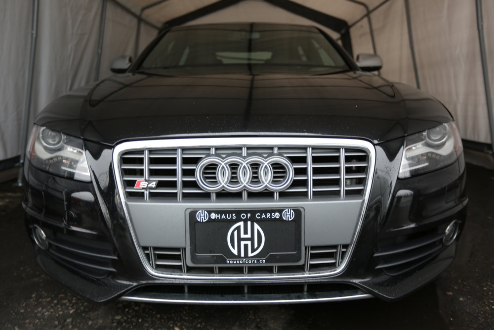"""<h1 class=""""title"""">2011 Audi S4, Fully Loaded</h1><p class=""""categories"""">For Sale</p>"""