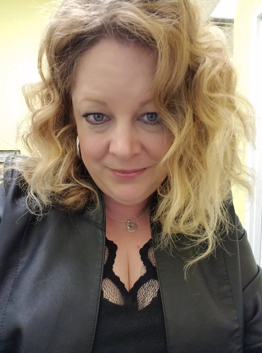 Bonnie Fossum, Kaptain - Luscious Lupus Warrior