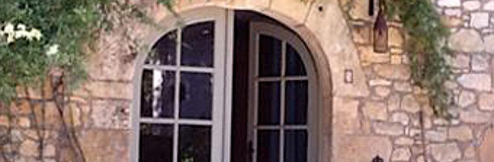 CarolAalbers.Doorway1200x393.jpg