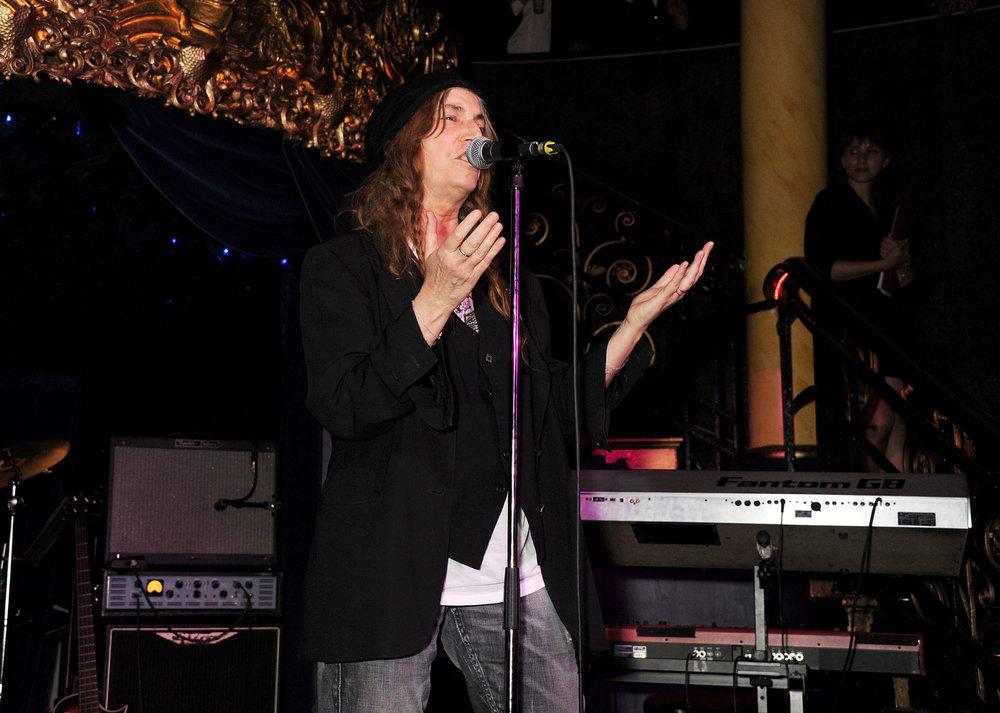 Patti Smith performing.JPG