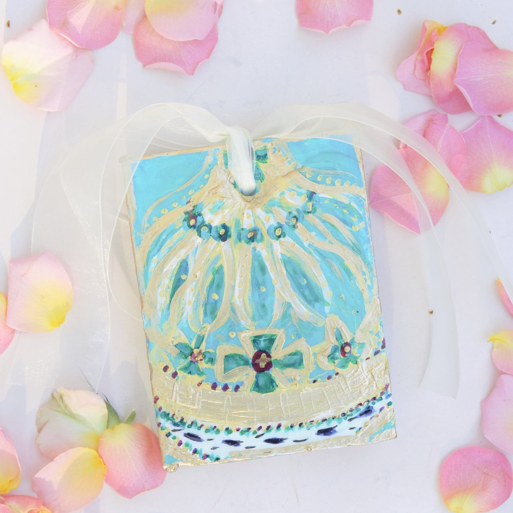 Beautiful one of a kind Mardi Gras favours.